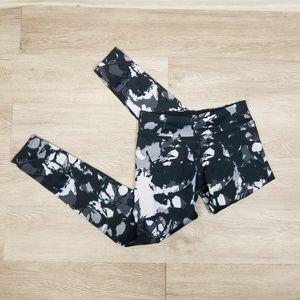 Beyond Yoga Lux Print Leggings Size M